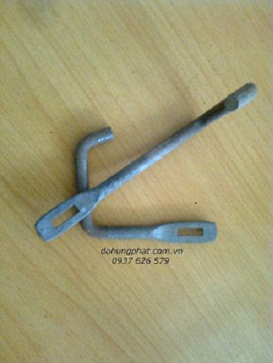 móc treo ống L