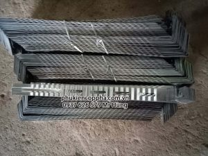 Sản phẩm frame tie làm bằng tôn kẽm