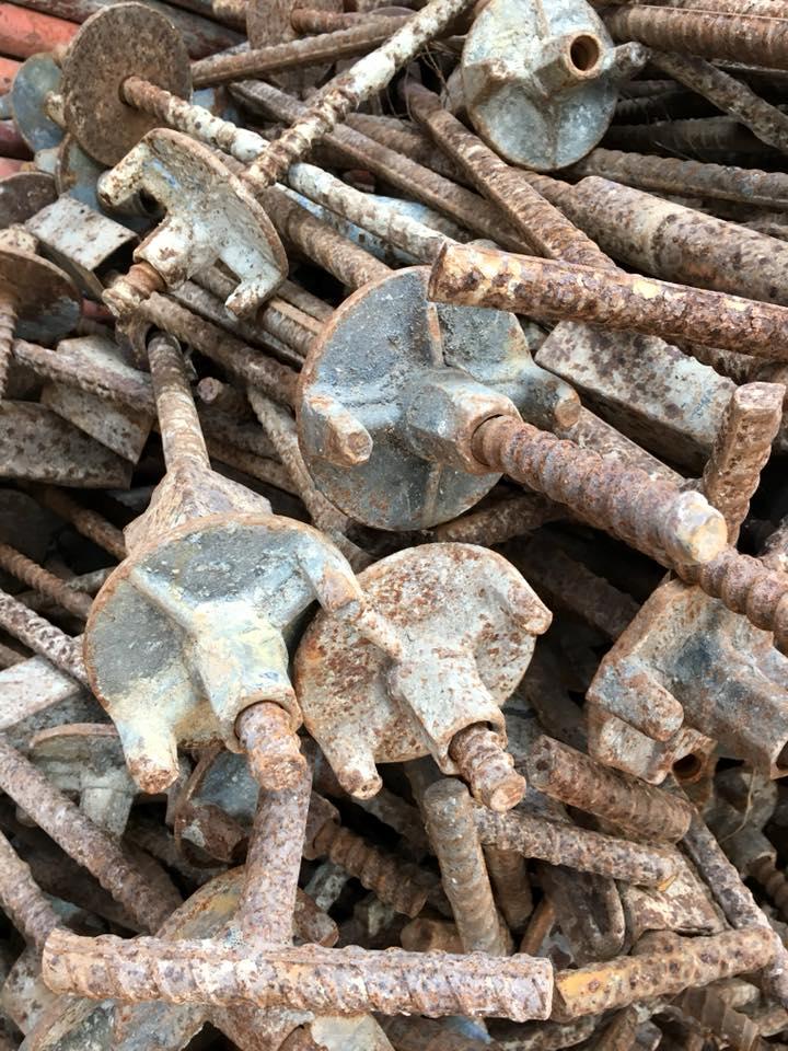 Nơi thu mua và bán tyren bát chuồn cũ các loại (D12-D16-D17